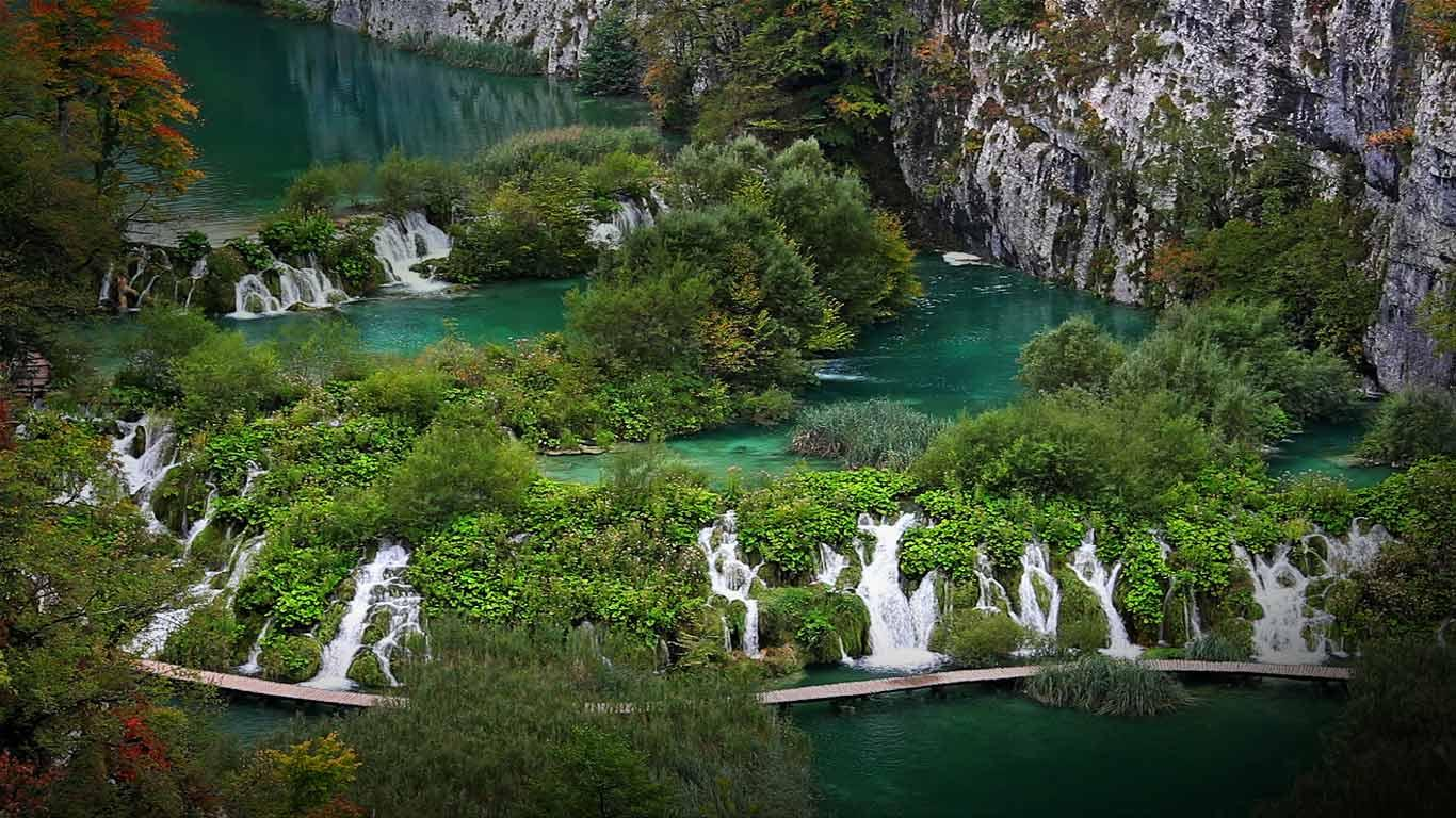 Plitvice_Lakes_National_Park_home