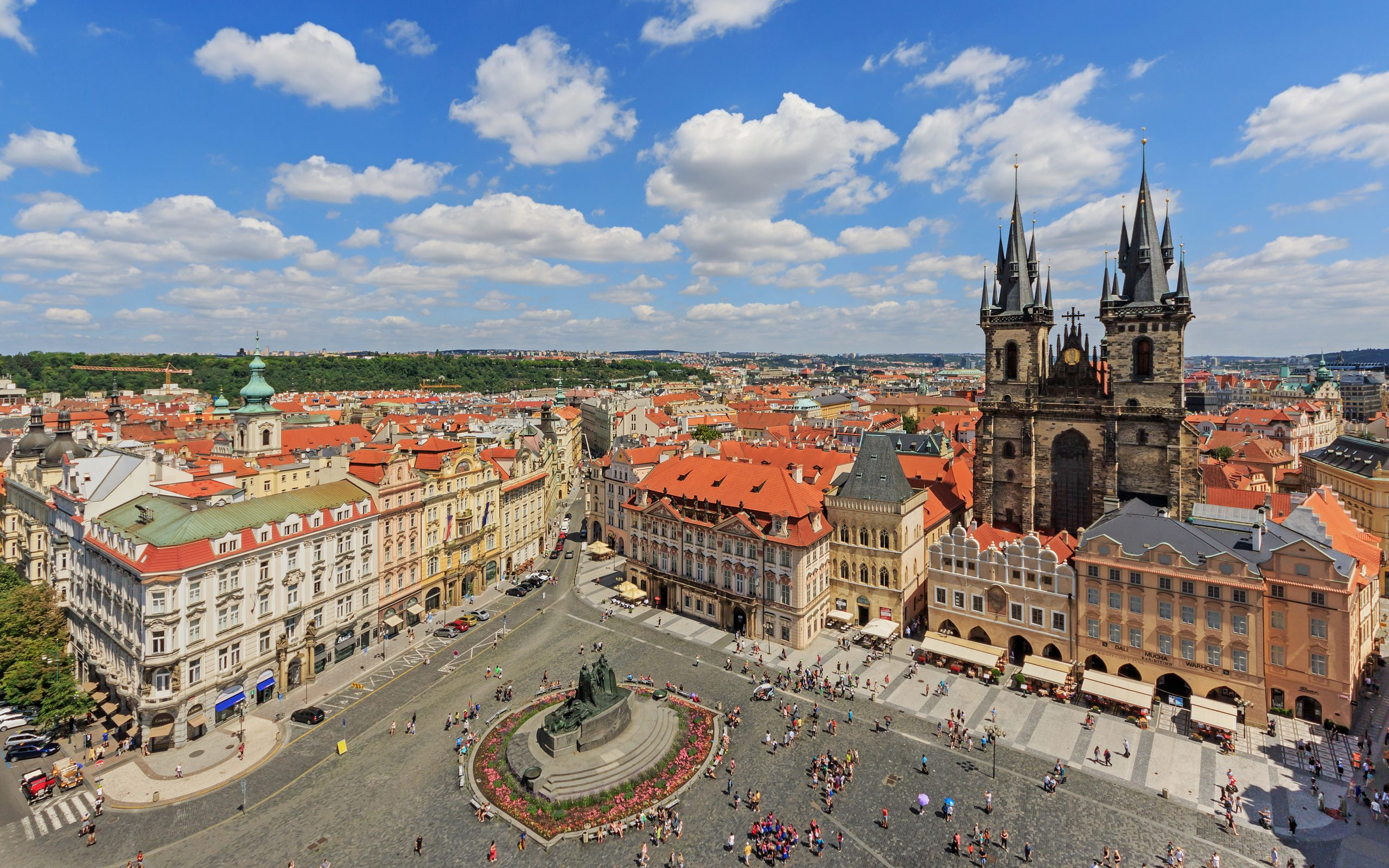 Prague_07-2016_View_from_Old_Town_Hall_Tower